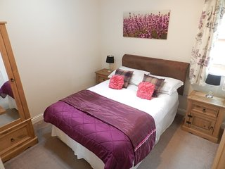 2 bedroom Lodge with Internet Access in Attleborough - Attleborough vacation rentals