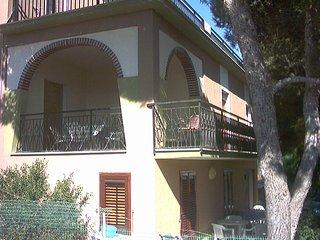 Appartamenti in villa con giardino e terrazza vista mare - Triscina vacation rentals