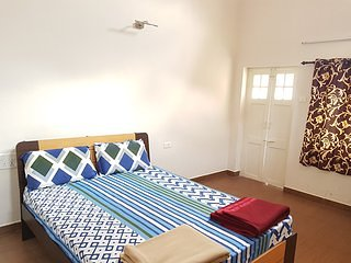 1 bedroom Bed and Breakfast with Satellite Or Cable TV in Kotagiri - Kotagiri vacation rentals