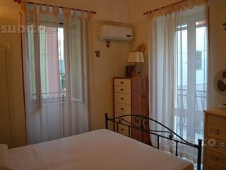 Casa indipendente a due livelli situata a Torre Canne - Torre Canne vacation rentals