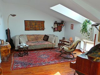 AleEle - in the Ticinese district with air-cond - Milan vacation rentals