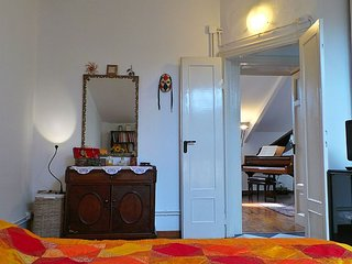 Charming 2 bedroom Vacation Rental in Milan - Milan vacation rentals