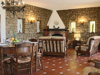 Perfect 6 bedroom Vacation Rental in Massa Marittima - Massa Marittima vacation rentals