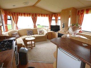 2 bedroom Caravan/mobile home with Game Room in Saltfleet - Saltfleet vacation rentals