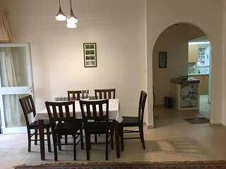 Spacious 1 Bedroom In The Heart Of Talbiyeh - Jerusalem vacation rentals