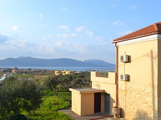 Sea-View Villa, just 900m away from the nearest sandy beach of Kavros, Chania - Dramia vacation rentals