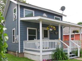 Cozy 2 bedroom Vacation Rental in Olcott - Olcott vacation rentals