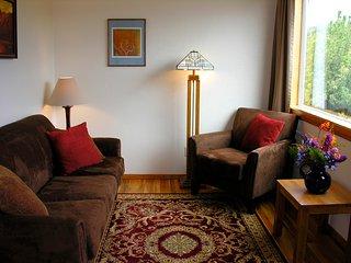 Tasteful Arcata Cottage with Redwood Views - Arcata vacation rentals