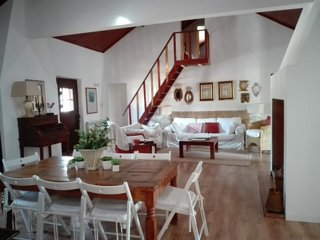 Herdade do Convento da Serra  CASA S -Lugar ideal para fins de semana ou férias - Almeirim vacation rentals