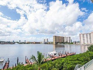 G. Bay Standard 3 | 2 Bed 2 Bath, Amazing Intracoastal Views! - Sunny Isles Beach vacation rentals