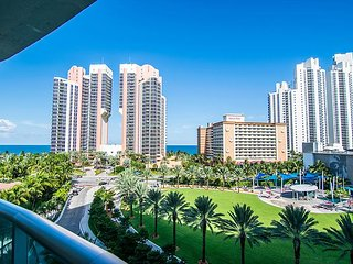 O. Reserve Premium 8 | 1 Bed 1 Bath, Steps away from the Beach! - Sunny Isles Beach vacation rentals