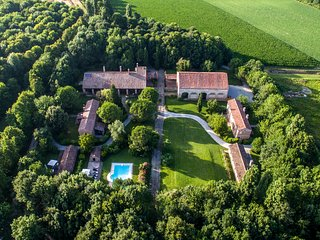 Villa B&B with a cook and swimming pool in the countryside near to Venice - Venice vacation rentals