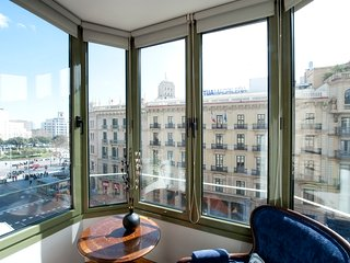 B357 Luxury Plaza Catalunya Views 2 - Barcelona vacation rentals