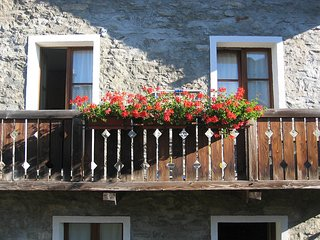 Lovely House with Central Heating and Washing Machine - Chiavenna vacation rentals