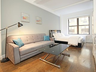 **AMAZING DEAL** GORGOUES APARTMENT **PRIME LOCATION**LUXURY BLD - New York City vacation rentals