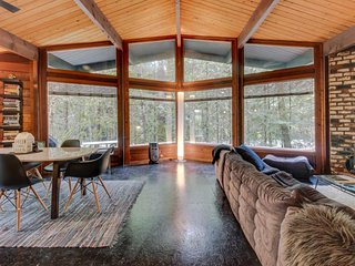 Unique and stylish home w/ hot tub, deck, shared pool, firepit & forest views! - Rhododendron vacation rentals