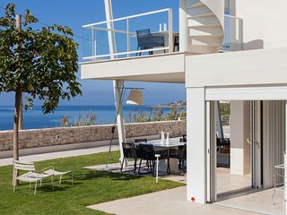 Gorgeous Villa with Internet Access and DVD Player - Marina di Pulsano vacation rentals