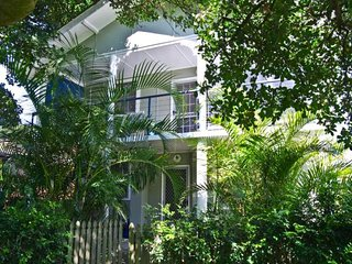 5 bedroom House with Satellite Or Cable TV in Crescent Head - Crescent Head vacation rentals