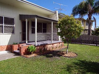 Charming 3 bedroom House in Crescent Head - Crescent Head vacation rentals
