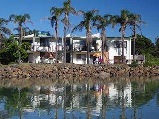 Perfect 2 bedroom Condo in Crescent Head - Crescent Head vacation rentals