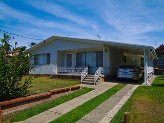 Cozy 3 bedroom Vacation Rental in Crescent Head - Crescent Head vacation rentals