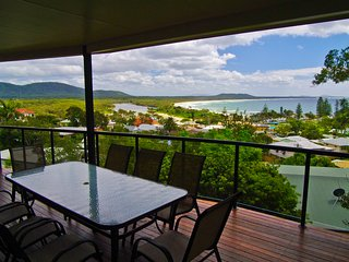 3 bedroom House with Garage in Crescent Head - Crescent Head vacation rentals