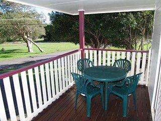 Sunny 3 bedroom Vacation Rental in Crescent Head - Crescent Head vacation rentals