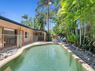 Private Tropical Hideaway in Kewarra Beach - Kewarra Beach vacation rentals