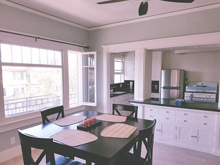 Romantic 1 bedroom Apartment in Long Beach - Long Beach vacation rentals