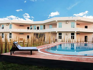 Perfect Villa with Deck and A/C - Ranthambore National Park vacation rentals