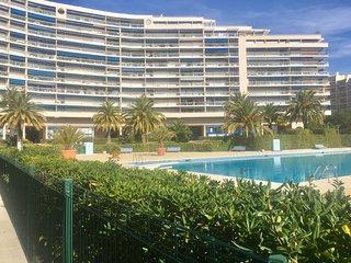 Duplex de 60m2 dans résidence avec piscine - Mandelieu La Napoule vacation rentals
