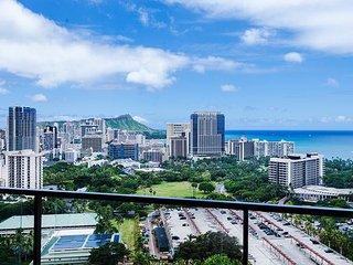 Panoramic Ocean View 2BR Condo w/ many Amenities! - Waikiki vacation rentals
