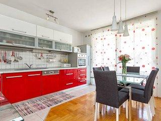Sunny apartment Luka - Split vacation rentals