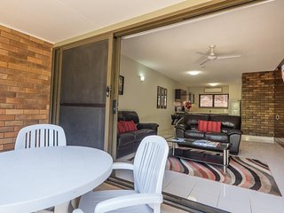TWO BEDROOM TOWNHOUSE - Just steps from the beach - 3 - Peregian Beach vacation rentals