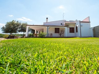 Nice Villa with Internet Access and Central Heating - Scorrano vacation rentals