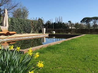Stunning town house that sleeps 12 guests with eco pool - Monsegur (Gironde) vacation rentals