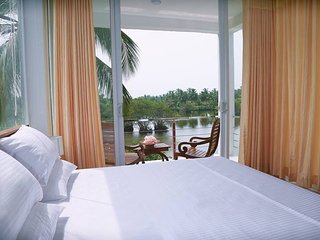 3 bedroom Bed and Breakfast with Deck in Pamunugama - Pamunugama vacation rentals