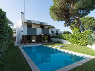 Armstrong Villa, Albufeira, Algarve - Albufeira vacation rentals