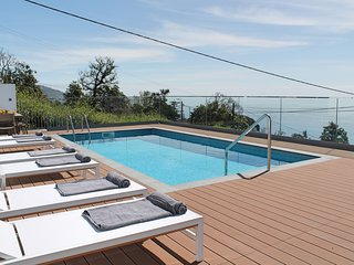 Great traditional villa, A/C, infinity pool, panoramic view | Vila da Portada - Funchal vacation rentals