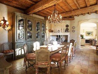 Provence Villa in a Village with Pool and Gardens - Le Mas de Jasmin - Paradou vacation rentals