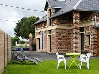 Ancienne grange picarde aménagée en gîte - Omiecourt vacation rentals