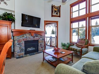 Ski-in/ski-out condo w/ deck & access to a pool, hot tub & more at Club Solitude - Solitude vacation rentals