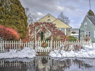New! Cozy 2 BR Newport Cottage - Mins from Beach! - Newport vacation rentals