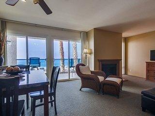Ocean Front Condo #6a 2BR Sleeps 6: Pet Friendly, Free Parking! - Carlsbad vacation rentals
