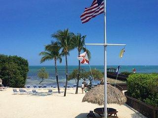 Fantastic 2BR+2BR Ocean view suites for 12 guests, Tavernier Key - Tavernier vacation rentals