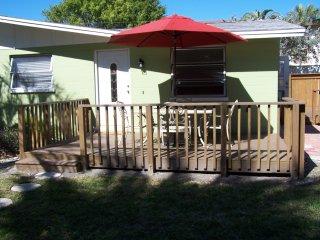 Anna Maria Island Tropical getaway,Castvilla #4 Ground floor Retreat. 2 Decks - Anna Maria vacation rentals