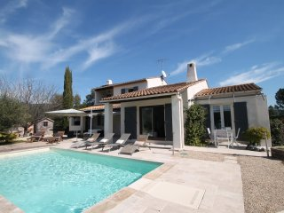 Beautiful Villa with Internet Access and Washing Machine - Les Adrets-de-l'Esterel vacation rentals