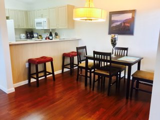 AMAZING CONDO WITH NEARBY GOLF COURSE, BEACH, POOL, RESTAURANTS - Ko Olina vacation rentals