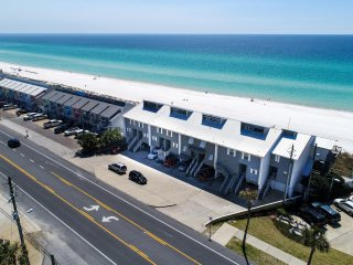 Beautiful Gulf Front Town Home - Great Location! 4 Bdrm/3.5 Baths - 2 Kitchens! - Panama City Beach vacation rentals