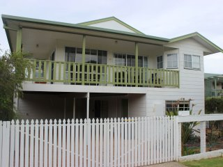 Lovely 5 bedroom Cape Woolamai House with A/C - Cape Woolamai vacation rentals